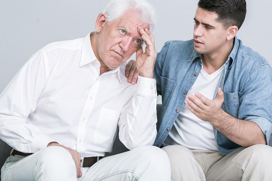 Como lidar com um idoso teimoso - Cuidar dos Pais em Casa